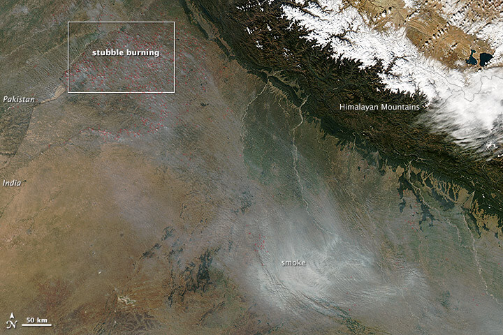 Aerial_view_of_Air_Pollution_in_North_India,_Agriculture_Fires,_November_2013