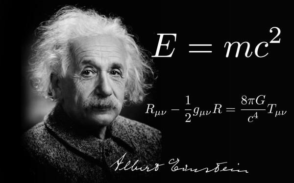 আইনস্টাইন সাধারণ অপেক্ষবাদে (general relativity) মহাকর্ষকে নতুন ভাবে ভাবতে শেখালেন, যা নিউটনের সূত্রের অসম্পূর্ণতা দূর করল।